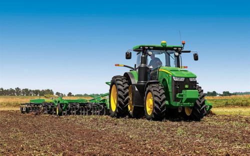 b_500_350_16777215_00_images_2014_jun_thumb2-john-deere-8295r-tractors-agricultural-machinery-field-john-deere.jpg